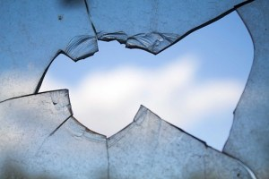 broken-window-960188__340